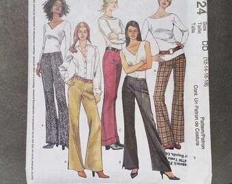 McCall's 3724 Misses' Pants Size DD (12-14-16-18)