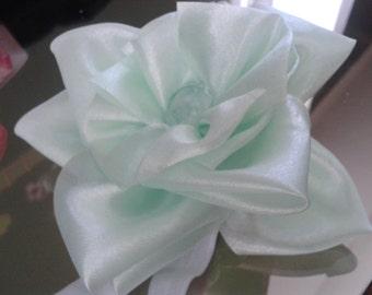 green baby flower headband,  mint green headband, , multiflower baby headband,  infant headband,  salad green headband,  green headband