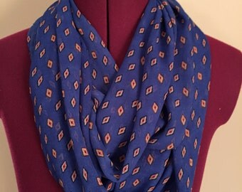 Light Weight Blue Infinity Scarf with Diamond Pattern