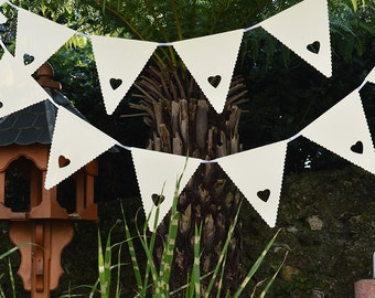 Cream Scalloped Heart Bunting Wedding Banner Garland Party Floral Bunting