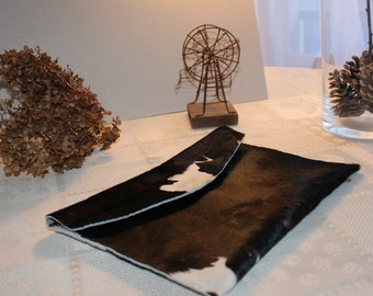 Cowhide leather pouch