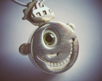 Happy Guy with Slice of Pie ADORB Sterling Silver Handblown Glass Eye Smiley Face Pendant with Teeth
