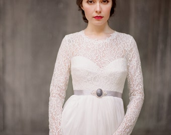 Rufina // Long sleeve lace wedding dress - Bohemian wedding dress - Rustic wedding dress - Modest wedding dress