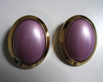 Vintage earclips from the 1970's.
