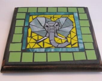 Elephant  mosaic trivet- Éléphant sous-plat en mosaique