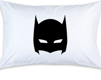 Children's Batman Mask Printed Pillow Case (1)