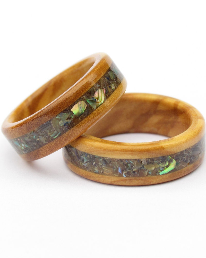 Wooden rings from olive wood and abalone for Design your own wooden ring