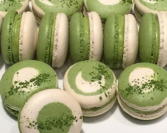 Matcha Japanese Green Tea Macaron (8 pieces)