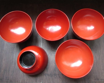 """Set of 5 Red Japanese Vintage """"Owan"""" of """"Urushi"""", Lacquered Soup Bowls around 1990s"""