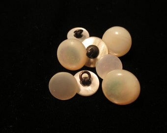Antique Mother of Pearl Buttons - Lot of 8