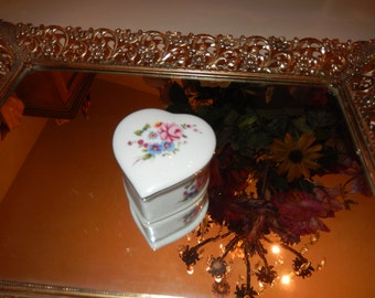 HEART TRINKET BOX with Lid