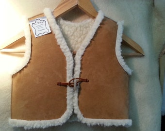 Child sleeveless vest