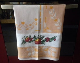 Kitchen towel hand embroidered