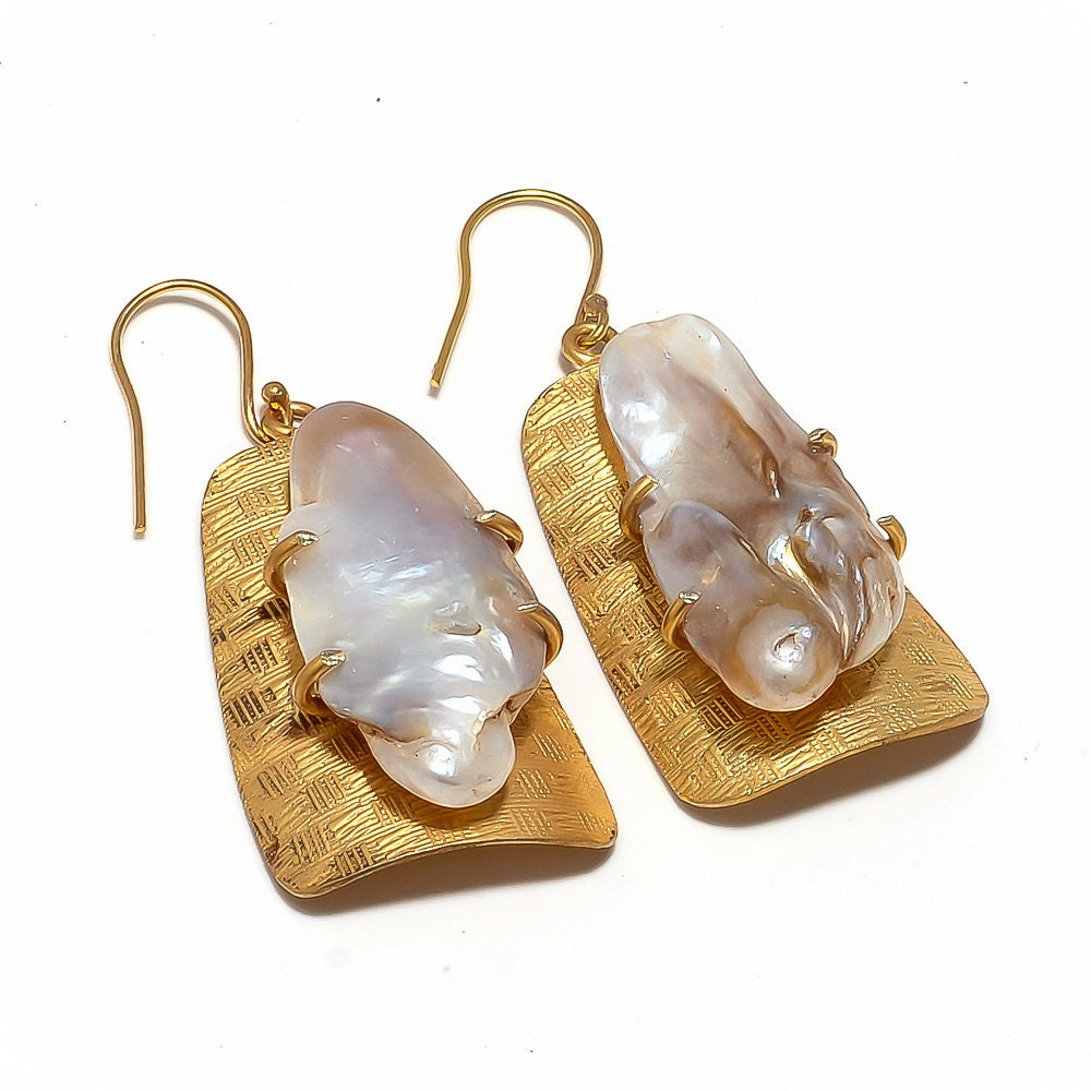 Freshwater Pearl Earring/Biwa Pearl Earrings/Statement