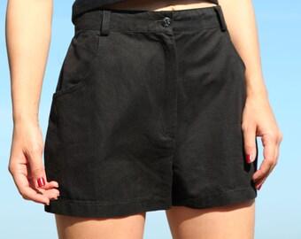 Black 90 s shorts.size 46
