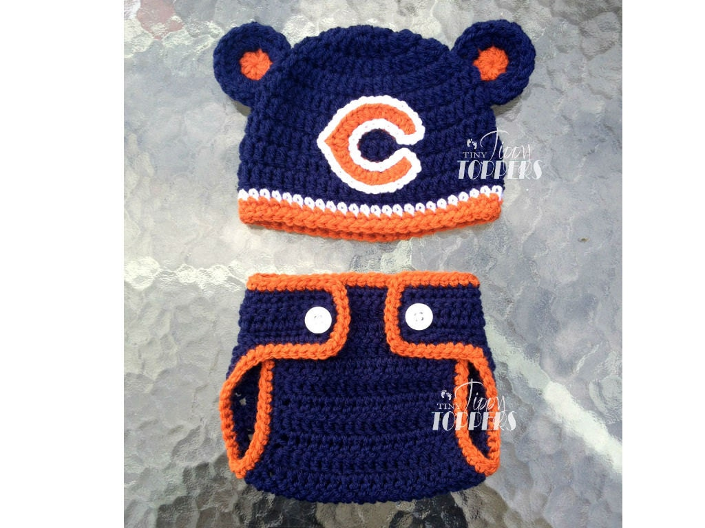 Crocheted CHICAGO BEARS Hat and Diaper cover set baby girl boy
