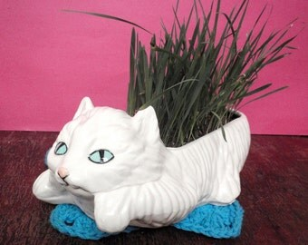 Cat Grass Planter made to order.