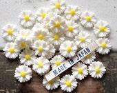 6 vintage Japanese celluloid DAISY cabochons 11mm flower resin flatbacks #79A