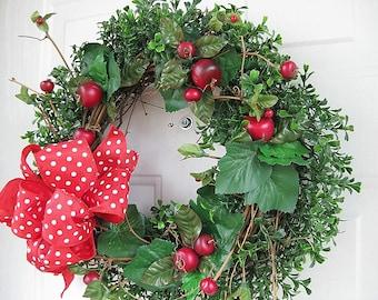 Apple Boxwood Wreath - Front Door Wreath - Year Round Wreath - Door Decoration - Outdoor decoration - Housewarming Gift - Home Decor