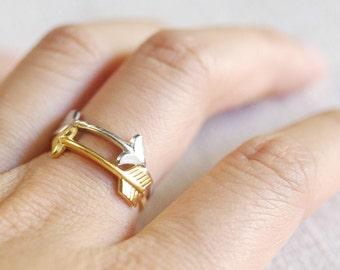 small arrow ring . stackable arrow ring . arrow stacking ring . thin arrow ring . sideways arrow ring // 4ARRW