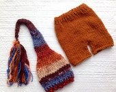 RTS Newborn to 3 month Baby Boy Knit Outfit BaBY PHoTo PRoP Tassel SToCKiNG CaP PaNT SET Rust Blue Stripe Beanie CoMiNG HoME Shower Gift