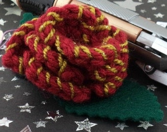 Clara Oswin Oswald - Crocheted Rose Ponytail Holder or Bracelet - Dark Red and Gold (SWG-HP-DWCO02)