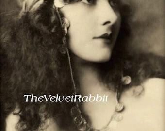 Victorian woman headband*Instant digital download*Ravishing beauty*