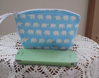Essential Oils Case Elephants Cosmetic Bag Clutch Zipper Purse   Made in the USA Bridal Wedding