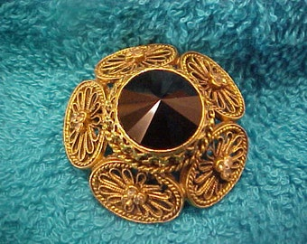 Vintage Gold and Black Brooch Pin - Rhinestones - Floral - Lovely - Filagree  - Perfect!