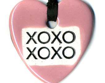 Hugs and Kisses xoxo Ceramic Necklace in Pink