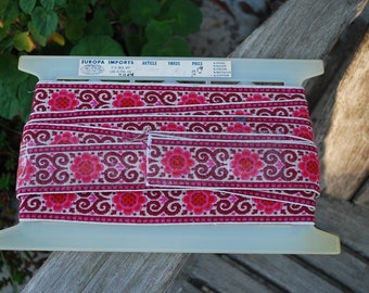 Vintage Emboirdered Trim ~ over 9 yards