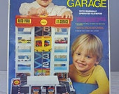 Vintage Shell Oil Gas Parking Garage service station for matchbox or hot wheels cars htf in original box