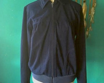 Vintage women's 1980's cal sport navy blue light weight zip up members only style jacket. size M