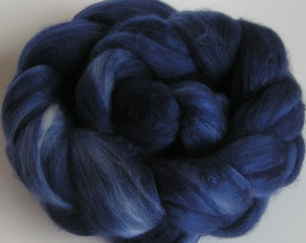 Roving Top Fiber Merino Silk Top MIDNIGHT Blue on Velvet 50 50 Silk Merino Spin Felt Nuno Craft Roving 4 ounces