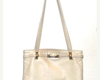 Vintage  handbag, vintage purse, Ruth Saltz , shoulder bag, beige/ ecru leather #ruthsaltz #vintage