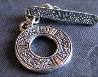 Hieroglyphic - Sterling Silver Toggle Clasp - Medium Sized - 14mm