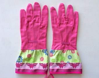Designer Garden Gloves - As seen in Better Homes and Gardens DIY Magazine and Mother Earth Living Magazine - Pink Wonder Woman Glitter
