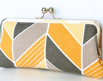 Yellow and Gray Chevron Clutch - Kisslock Frame Clutch in Yellow and Gray Chevron Print Canvas Fabric - Kisslock Clutch