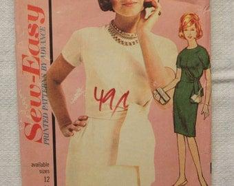 Lovely 1960s Vintage Advance Dress Pattern 3272 Size 12 Bust 32