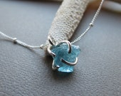 Rough Apatite Gemstone Necklace,Uncut Rough Gem,Sterling Silver Apatite Necklace,Mineral Gemstone Pendant Necklace, Handmade Jewelry Gift