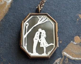 Sale 20% Off // AUTUMN KISS Locket - Hand-Cut Miniature Silhouette Papercut - Glass Locket Necklace // Coupon Code SALE20
