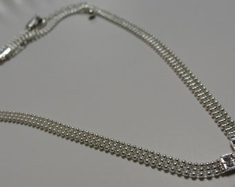 Shiny Rhinestone V Necklace
