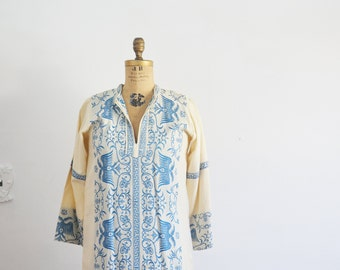 Vintage embroidered kaftan Dress -maxi garcian dress-white blue embroidery caftan