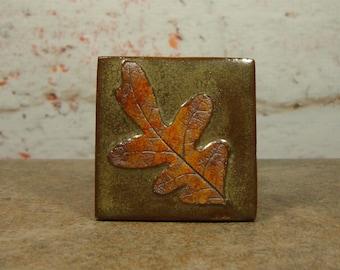 Stoneware Oak Leaf Tile - 2 Inch