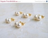 42% Off Swarovski Earrings Pale Ivory Pearl Stud BE2 Gold Filled