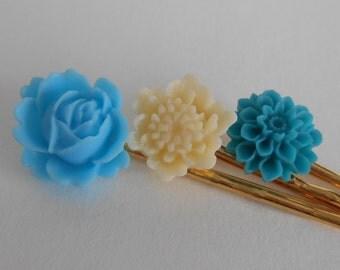 Something blue wedding luck flower bobby pin set