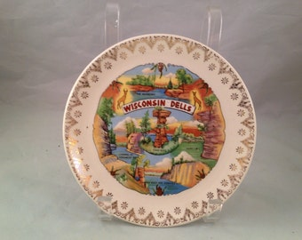 Vintage Wisconsin Dells State Souvenir Plate with Gold Trim