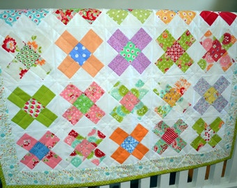 Vintage Style Baby Quilt Granny Square Quilt Baby Crib Quilt Toddler Quilt New Baby Quilt Baby Shower Quilt New Baby Gift Nursery Quilt