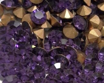24 24SS Cardinal Purple Vintage Swarovski Article 1100 SS24 = 5.3mm Chatons Cardinal SS24 Cardinal Purple Jewels