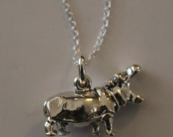 Sterling Silver 3d HIPPOPOTAMUS Pendant with 20 Inch Chain - Wildlife